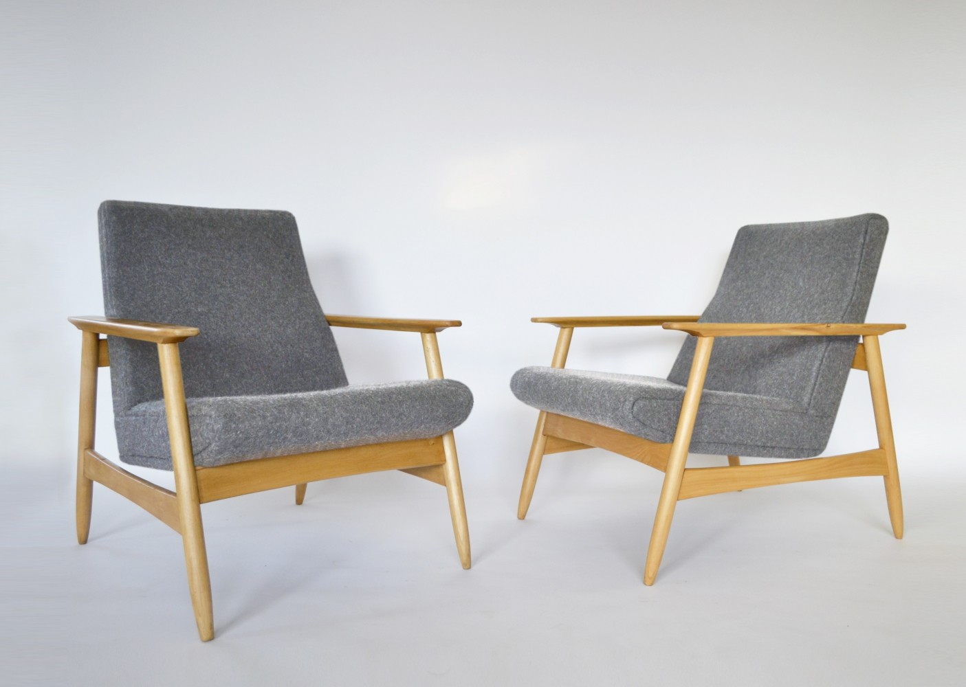 Pair of Light Grey Felt & Beech Armchairs by Valerija Ema Cukermanienė, 1960s