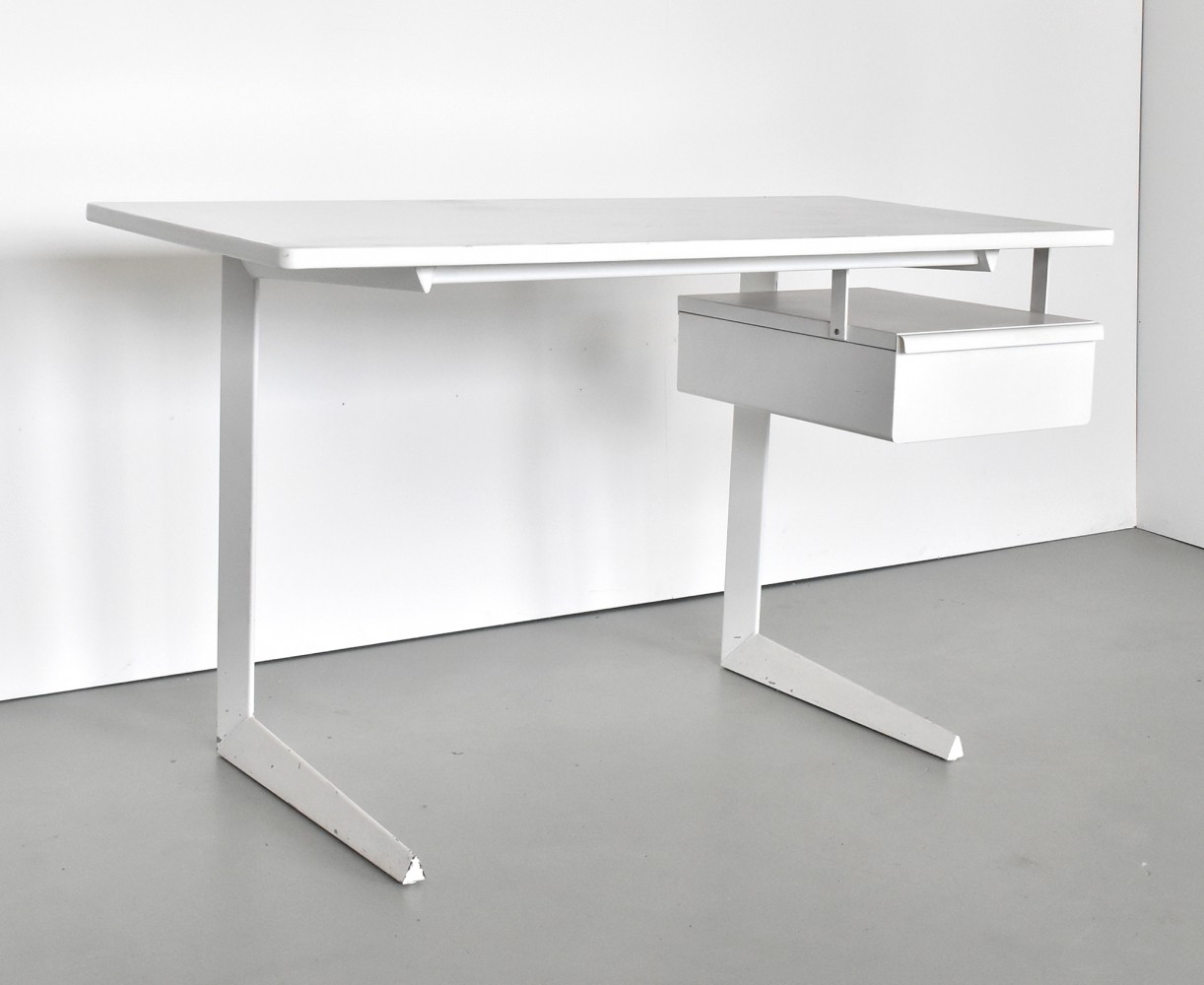 Result writing desk by Friso Kramer for Ahrend de Cirkel, 1950s