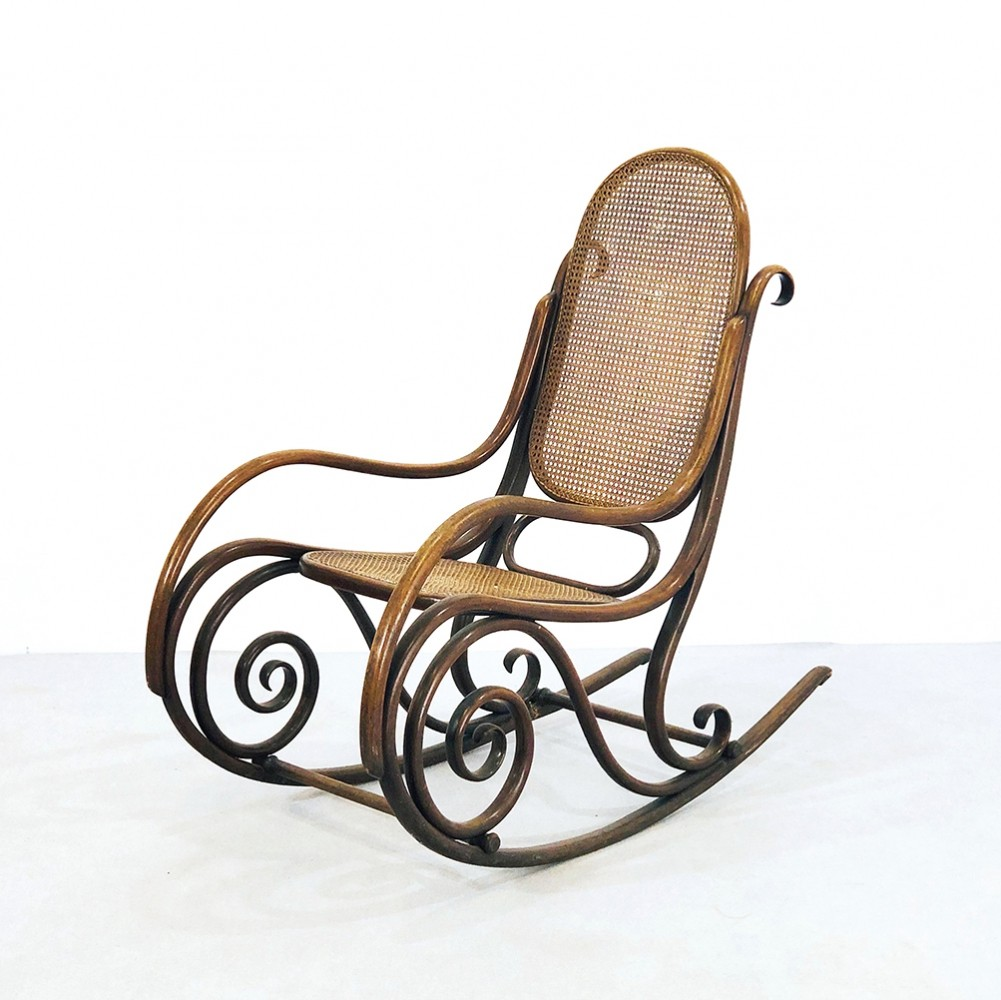 No. 1 rocking chair by Michael Thonet for Thonet, 1920s