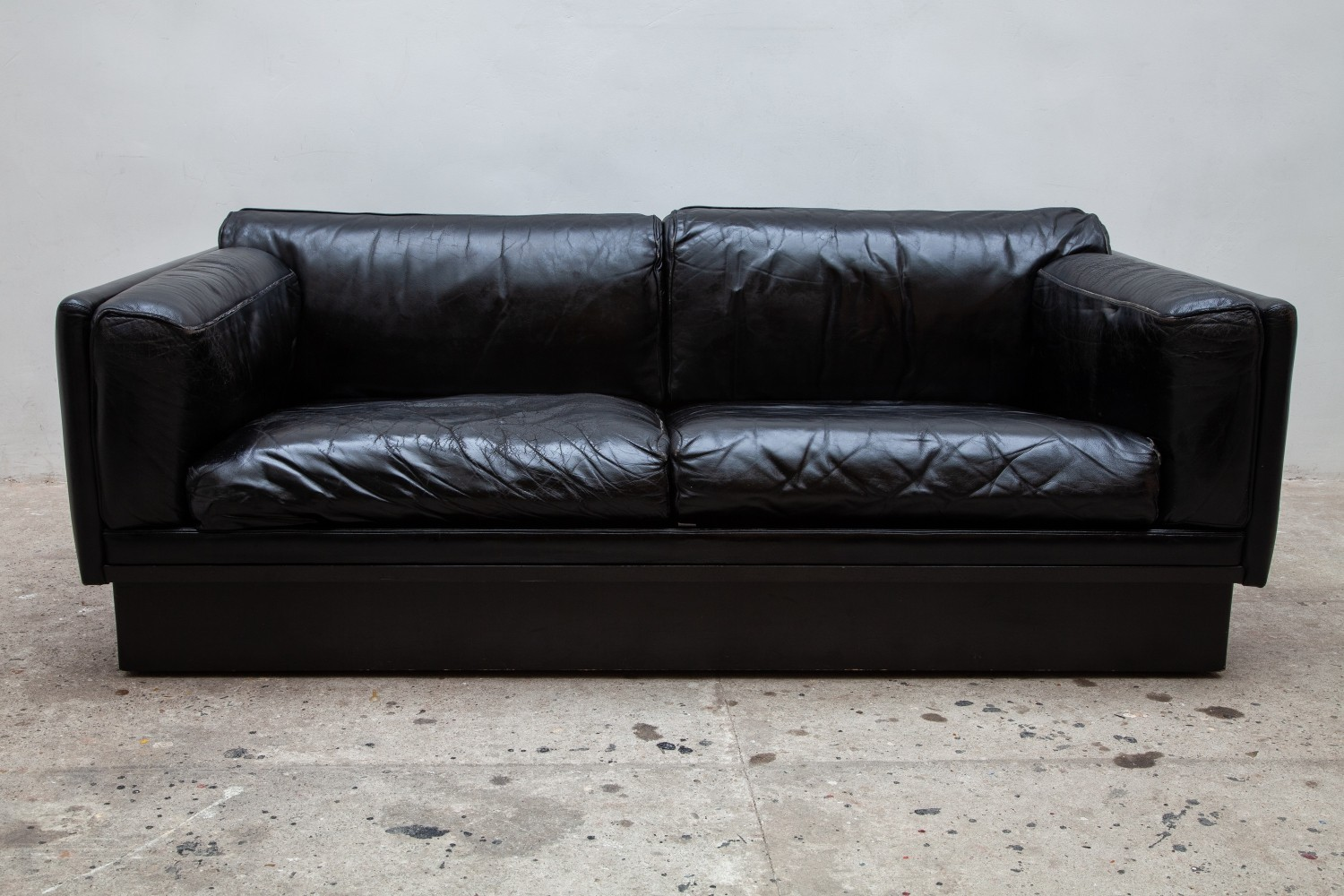 Set of two Black Leather sofa
