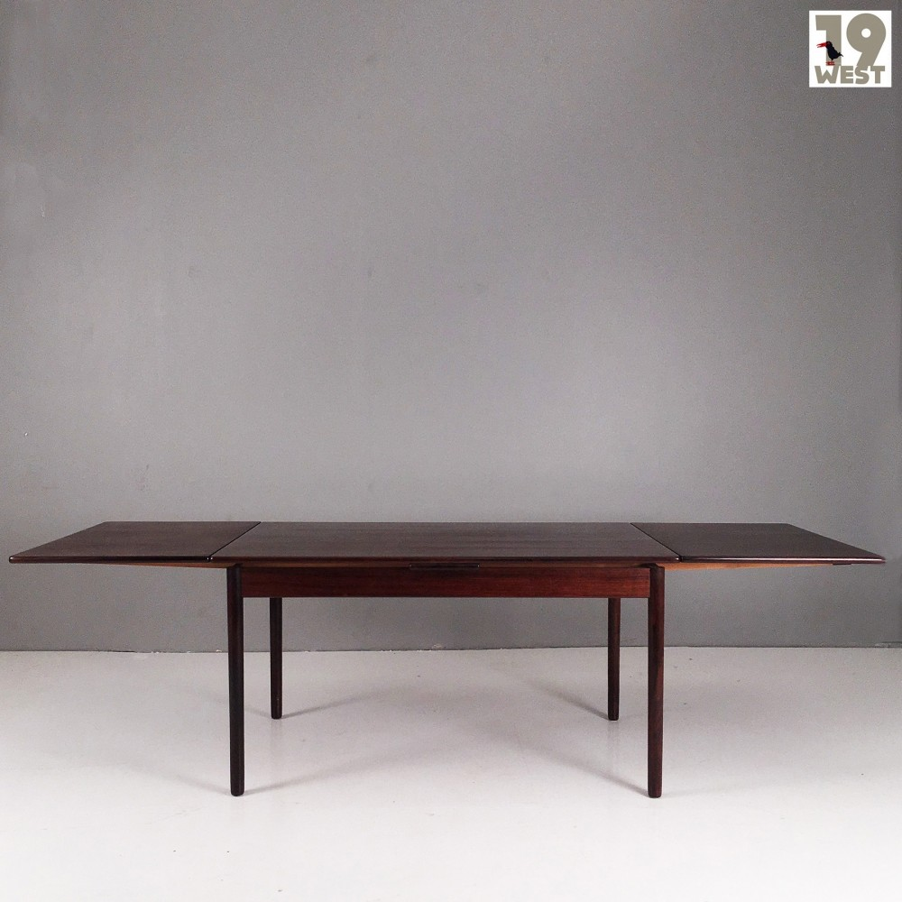 Extendable scandinavian rosewood table from the 1960