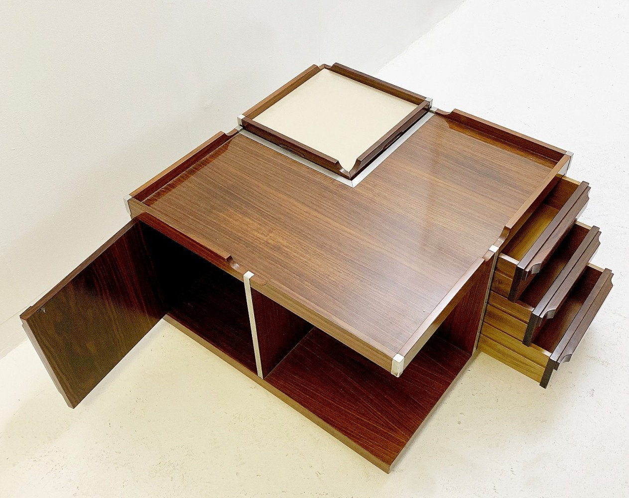 Italian bar coffee table, 1960s