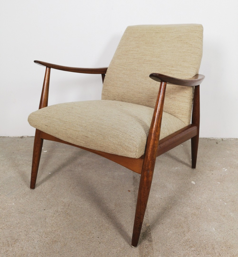 Danish Lounge Chair in Teak & cream fabric