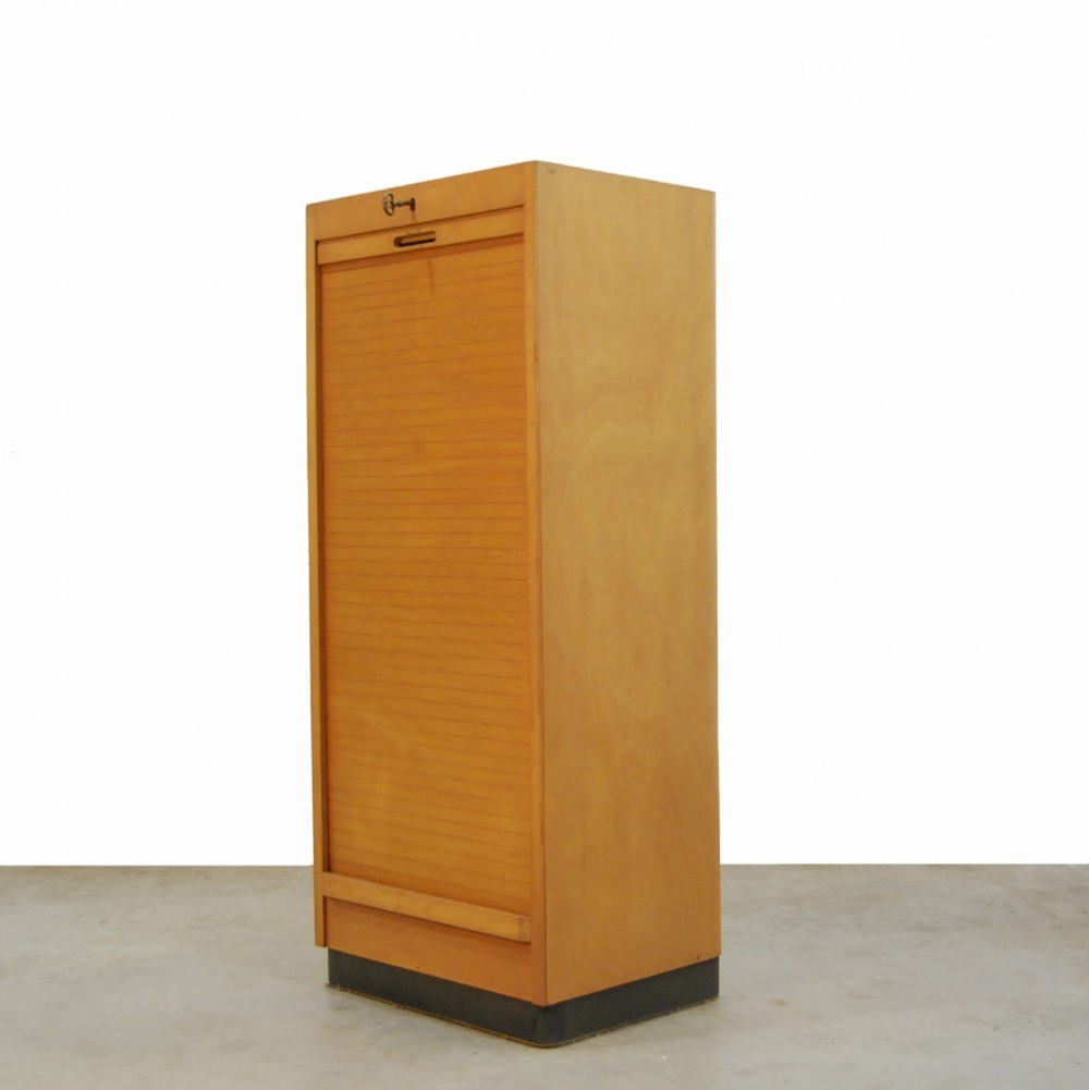Vintage Birch Wood Roller Door Cabinet By Ekawerk Lippe, Horn 1950s