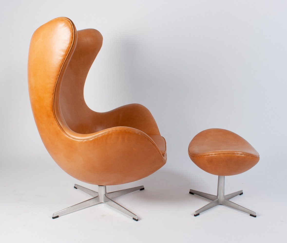 Leather Egg Chair & Ottoman by Arne Jacobsen for Fritz Hansen, 1960s