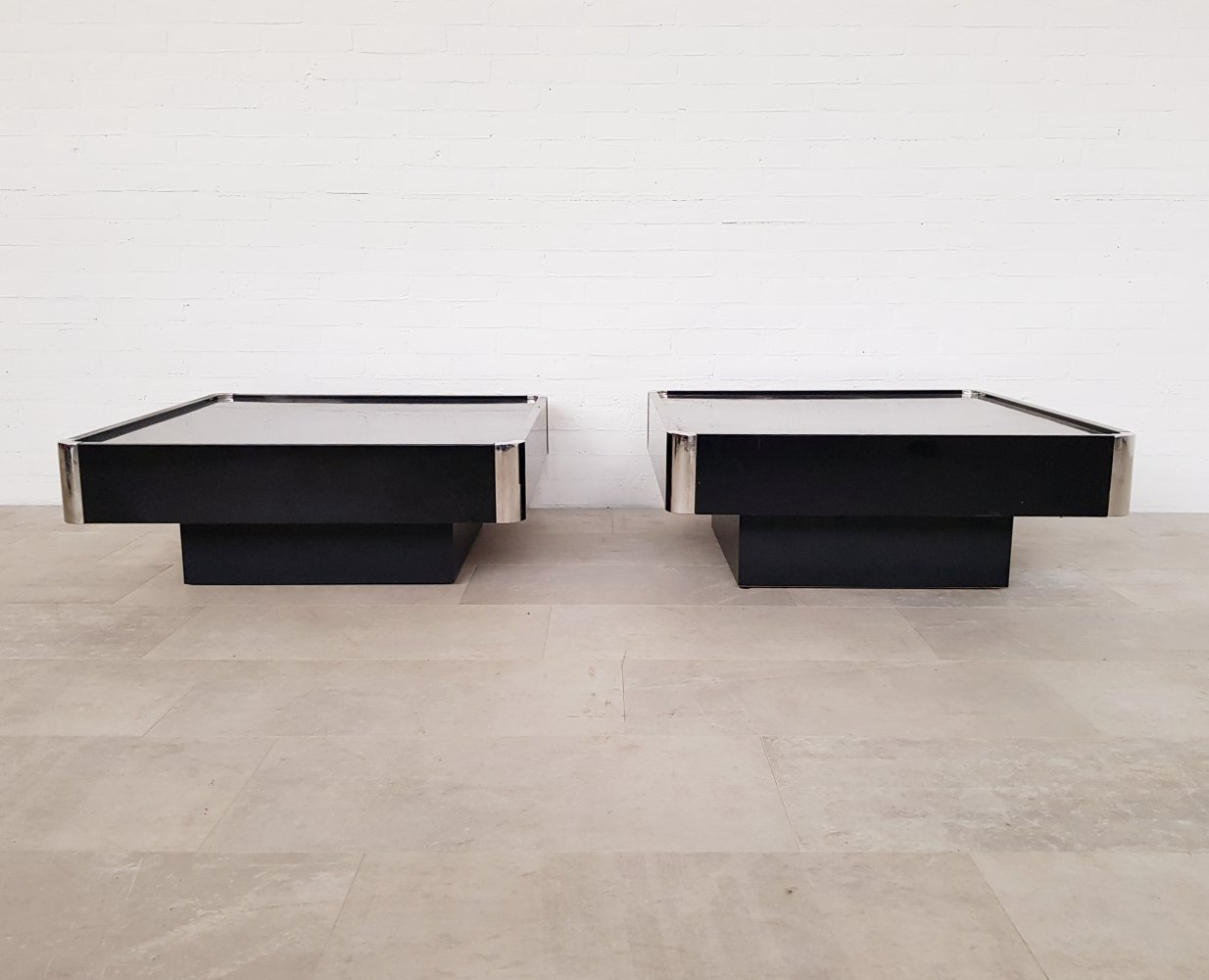 Set of 2 Black Lacquered coffee tables by Willy Rizzo for Sabot, 1970s