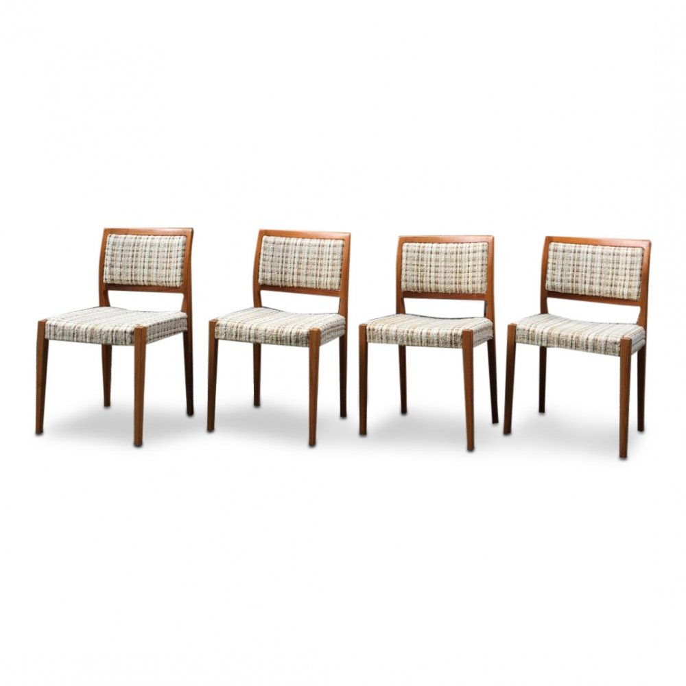 Set of 4 Mid-Century dining chairs by Troeds, Sweden 1960s