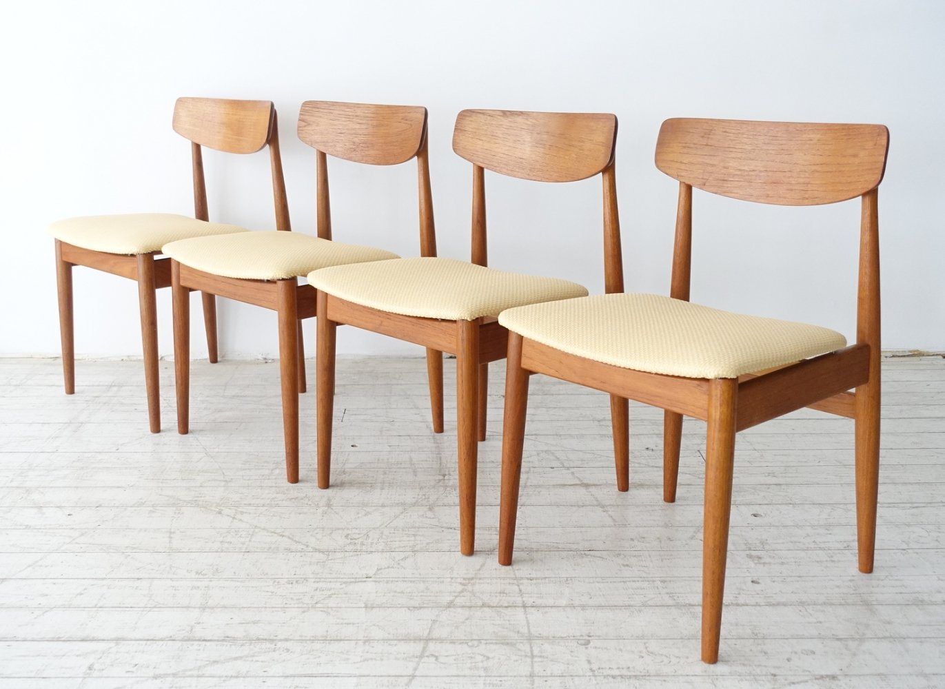 Set of 4 Solid teak chairs by Casala, Germany 1970s