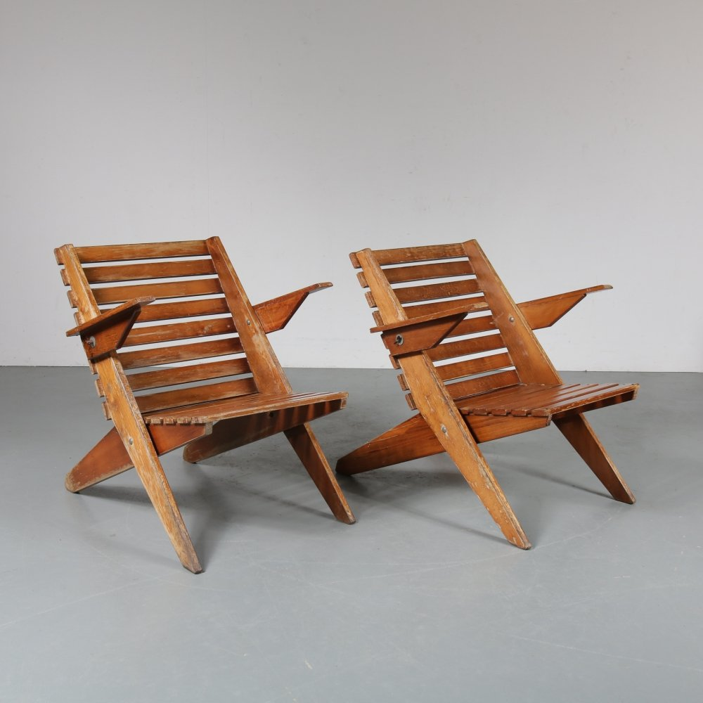 Pair of Wooden folding chairs, the Netherlands 1950s