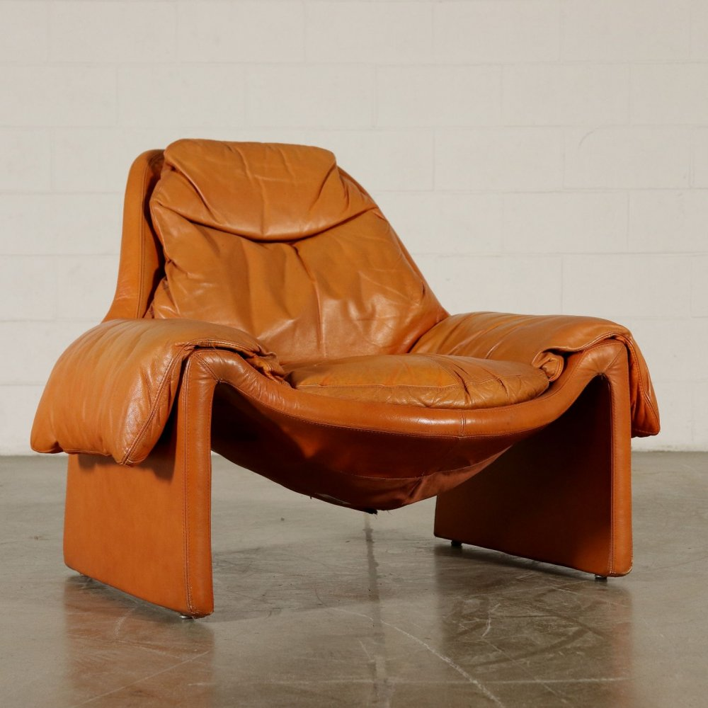 P.60 Armchair by Vittorio Introini for Saporiti