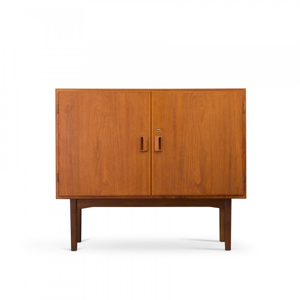 Small Danish Mid-Century Sideboard by Børge Mogensen for Soborg Møbler, 1960s
