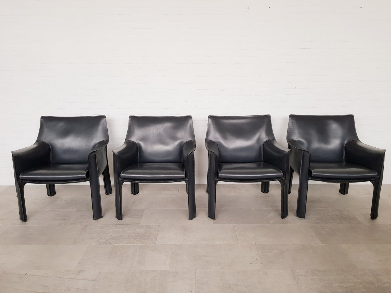 Mario Bellini CAB 414 chairs for Cassina in dark grey leather, 1980s