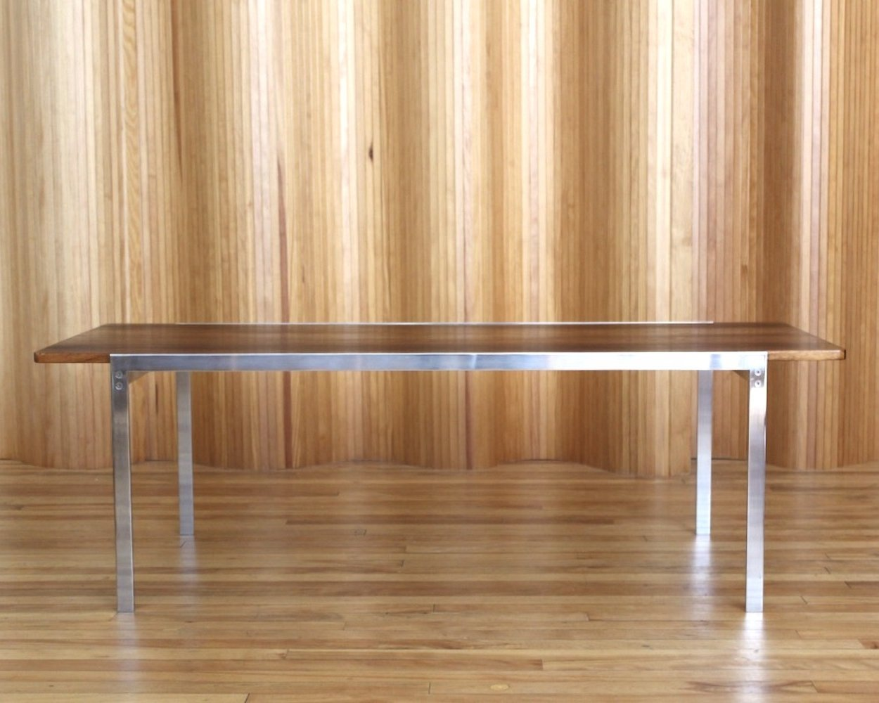 Arne Jacobsen model 3501 rosewood coffee table by Fritz Hansen Denmark