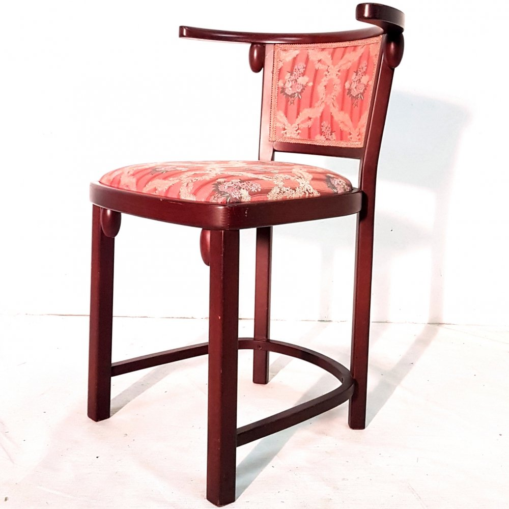 Thonet arm chair by Josef Hoffmann with original upholstery, Austria 1980s