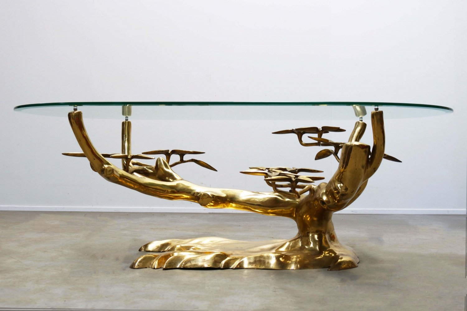 Rare Bonsai Hollywood Regency coffee table in brass by Willy Daro, 1970