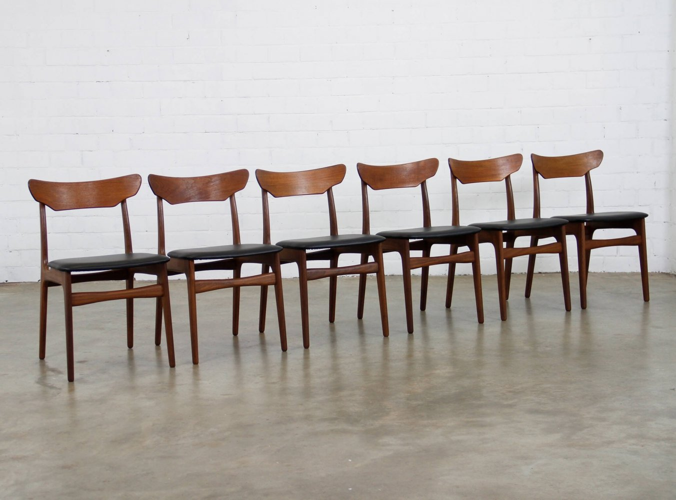Set of 6 dining chairs by Schiønning & Elgaard for Randers Møbelfabrik, 1960s