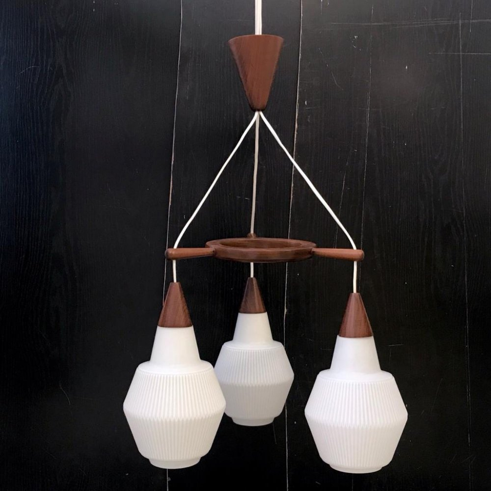 Ceiling lamp with 3 bulbs