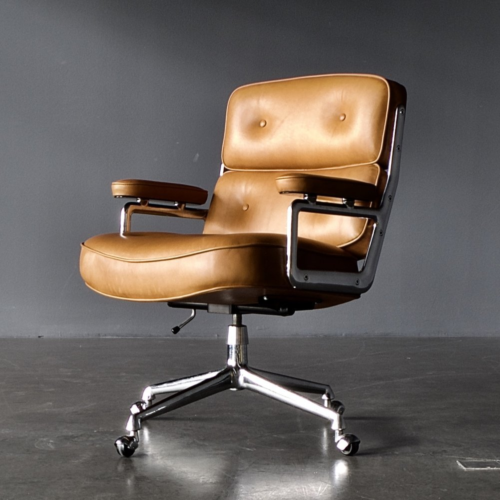 Rare early model ES 104 Lobby Chair by Charles & Ray Eames for Vitra, 1960s