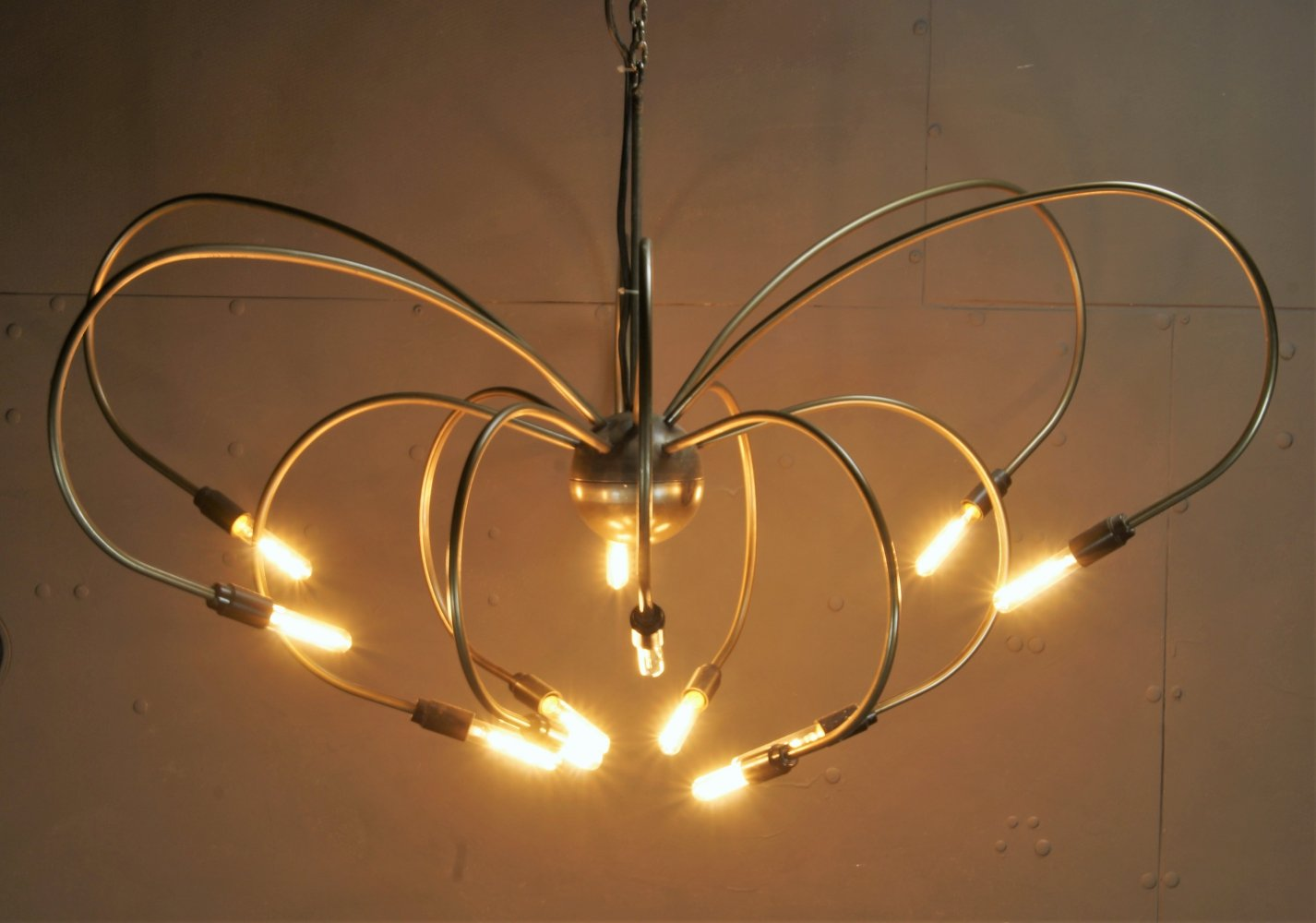 Brass 12-armed chandelier with filiament bulbs