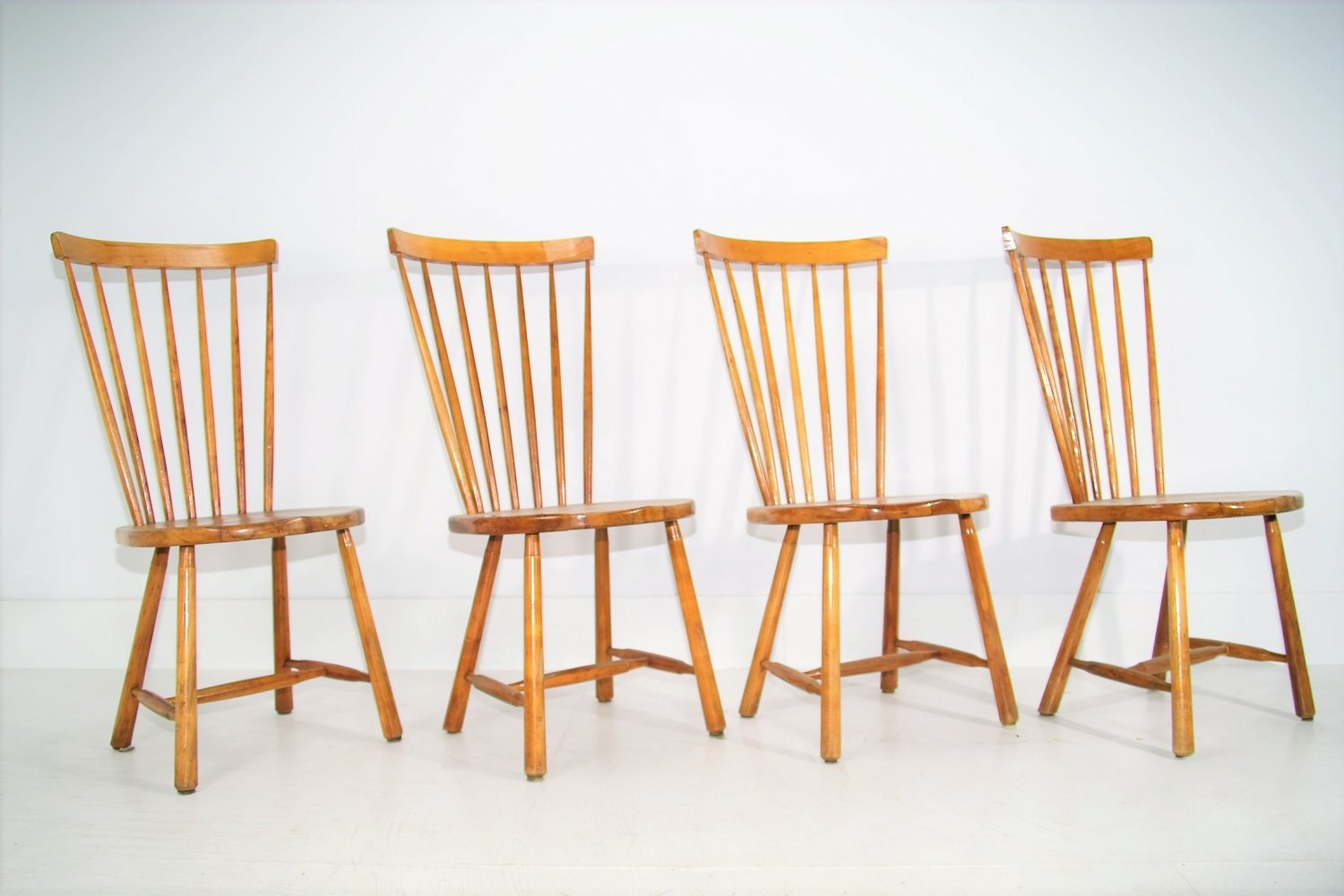 Set of 4 Windsor Pinewood Dining Chairs, 1960s