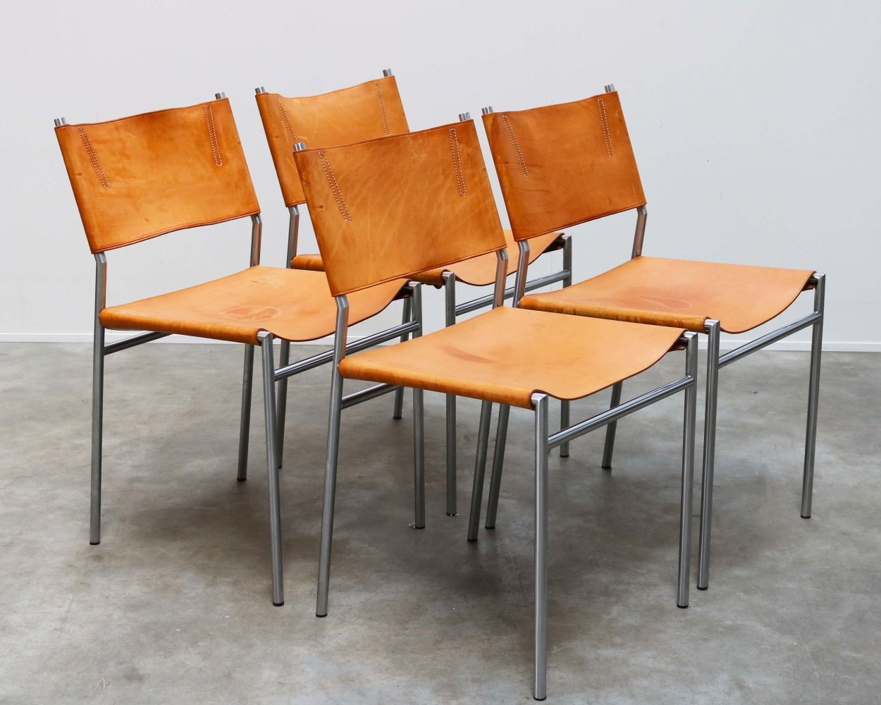Set of four SE06 dining chairs in Cognac leather by Martin Visser for Spectrum