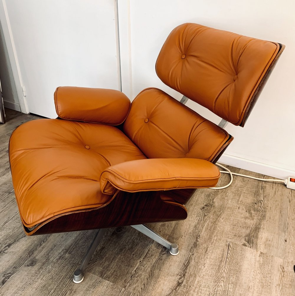 1st edition Eames lounge chair by Charles & Ray Eames for ICF Italy, 1957
