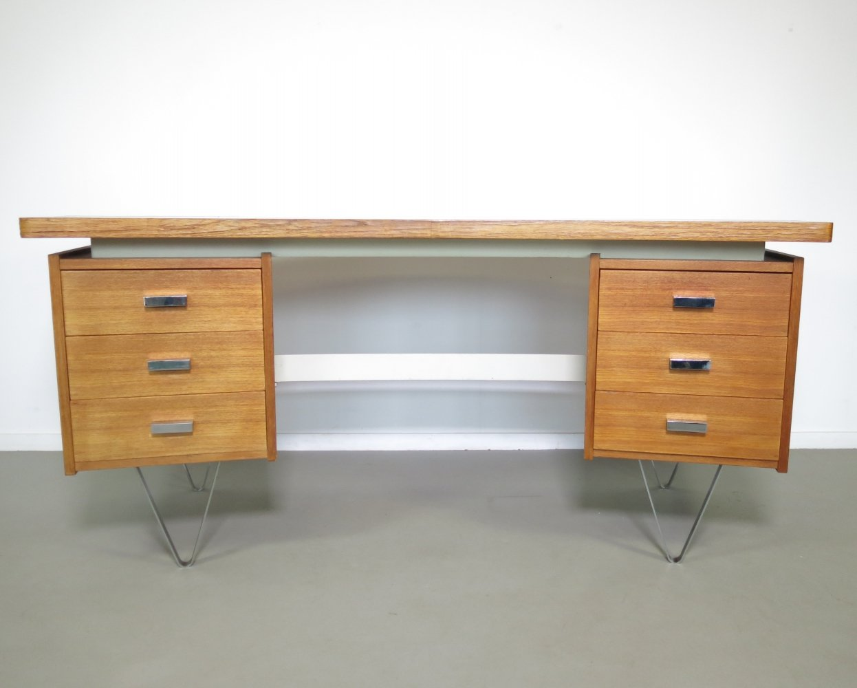 Boomerang writing desk by Tijsseling, 1960s
