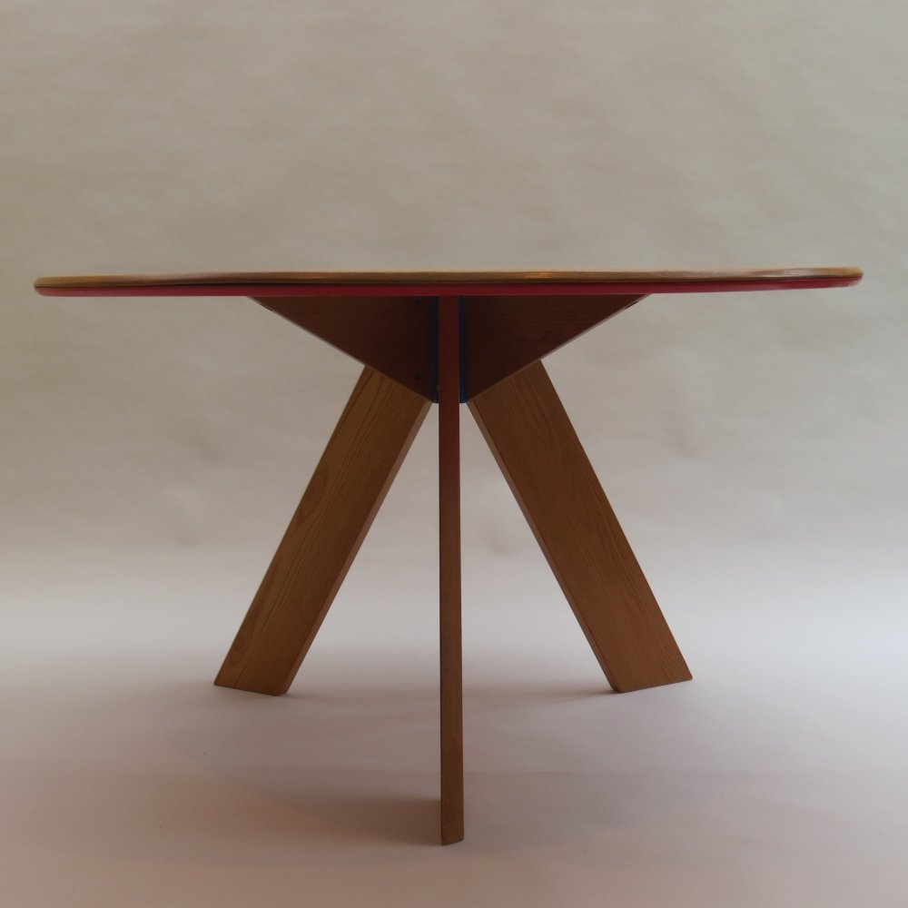 Midcentury round dining Table by David Field with red & blue details, 1980s