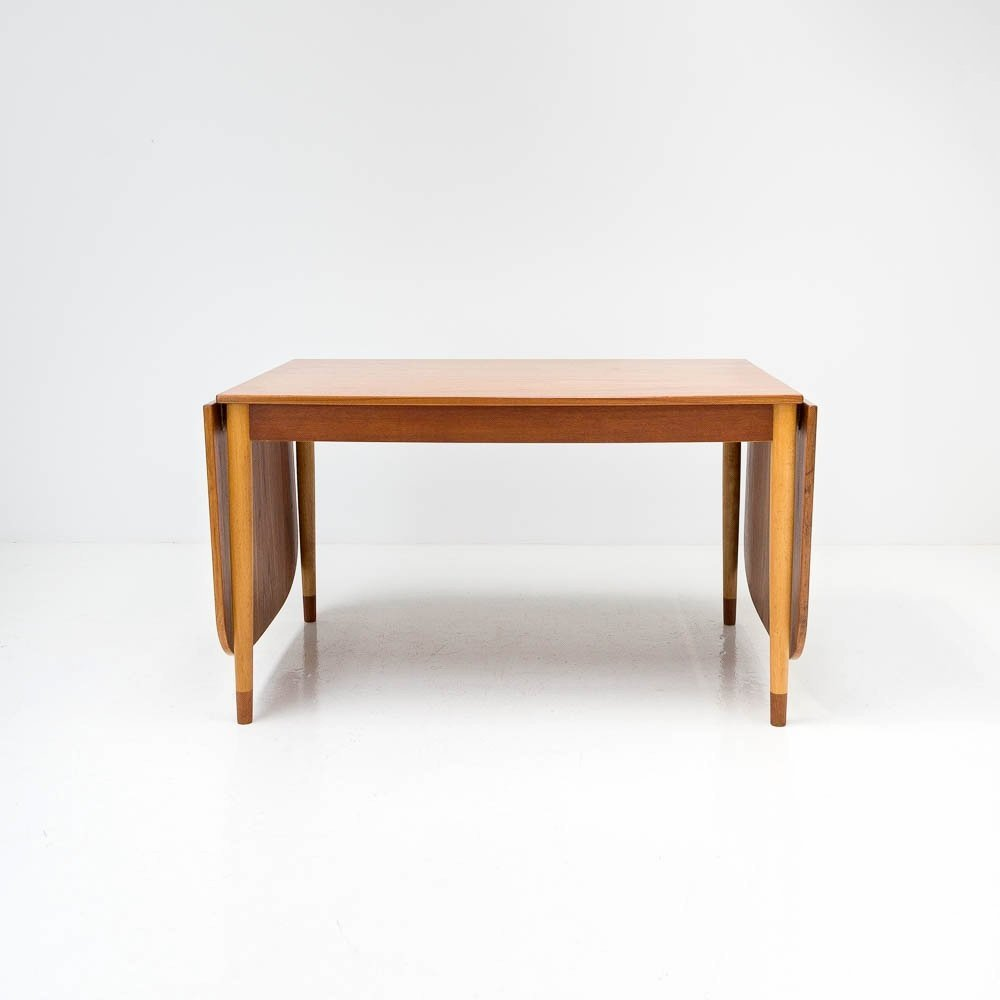 Børge Mogensen Teak Drop Leaf Dining Table For Søborg Møbelfabrik Denmark 1960s