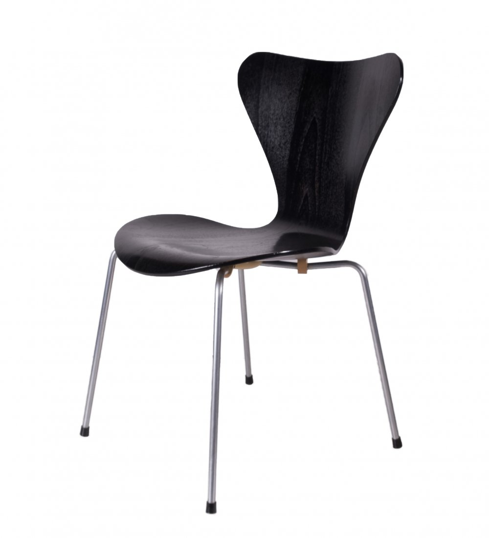 Butterfly chair 3107 by Arne Jacobsen for Fritz Hansen