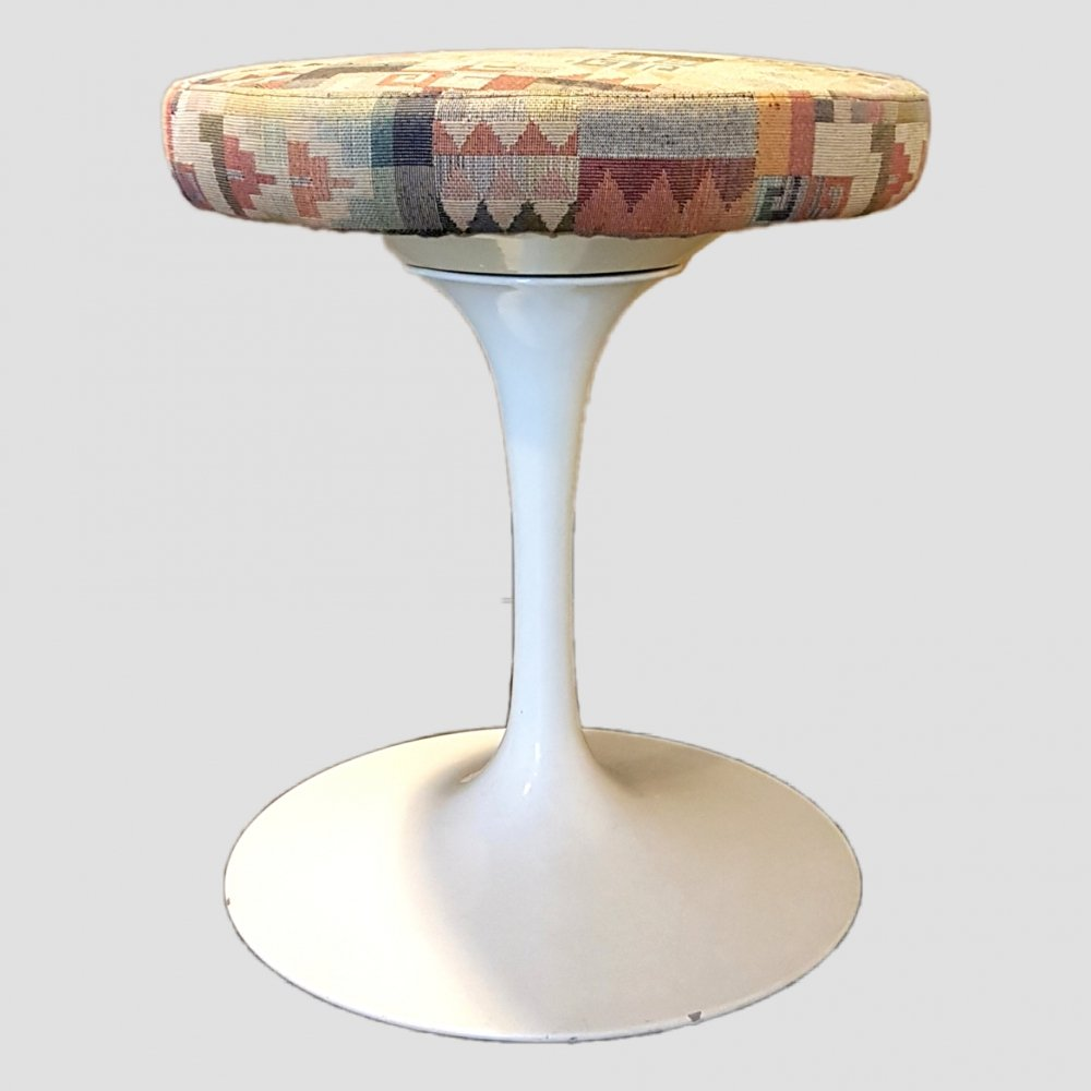 Early production tulip stool by Eero Saarinen for Knoll, USA 1960s