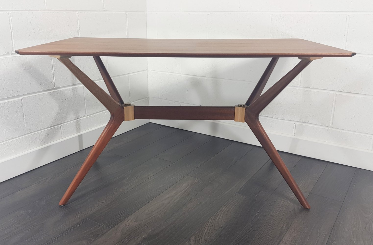 Mid Century Helicopter Dining Table by G-Plan, 1960s