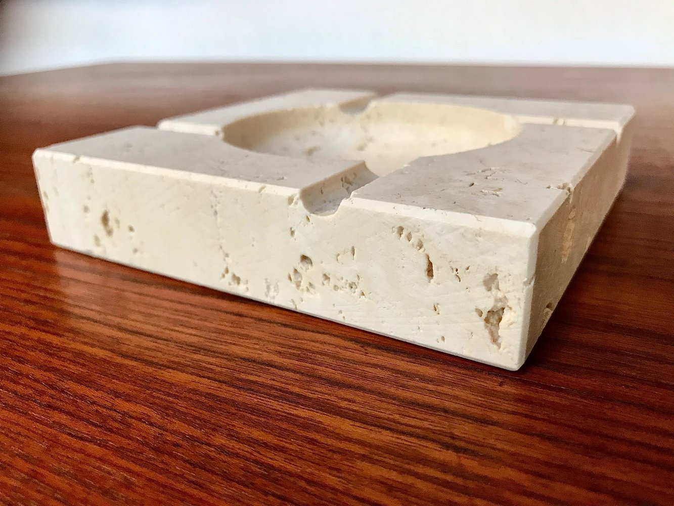 Large Italian Brutalist Travertine Table Ashtray by Fratelli Mannelli, 1970s