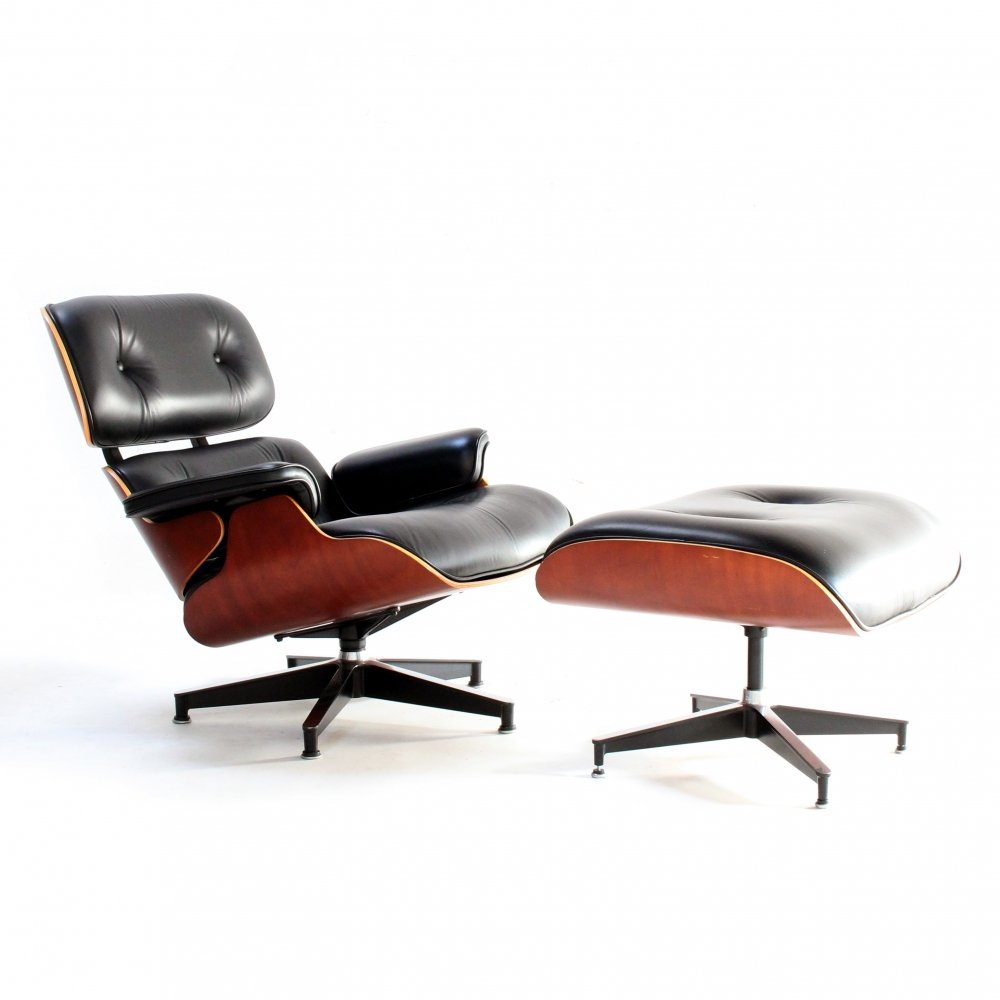 Lounge chair by Charles & Ray Eames for Herman Miller, 1950s
