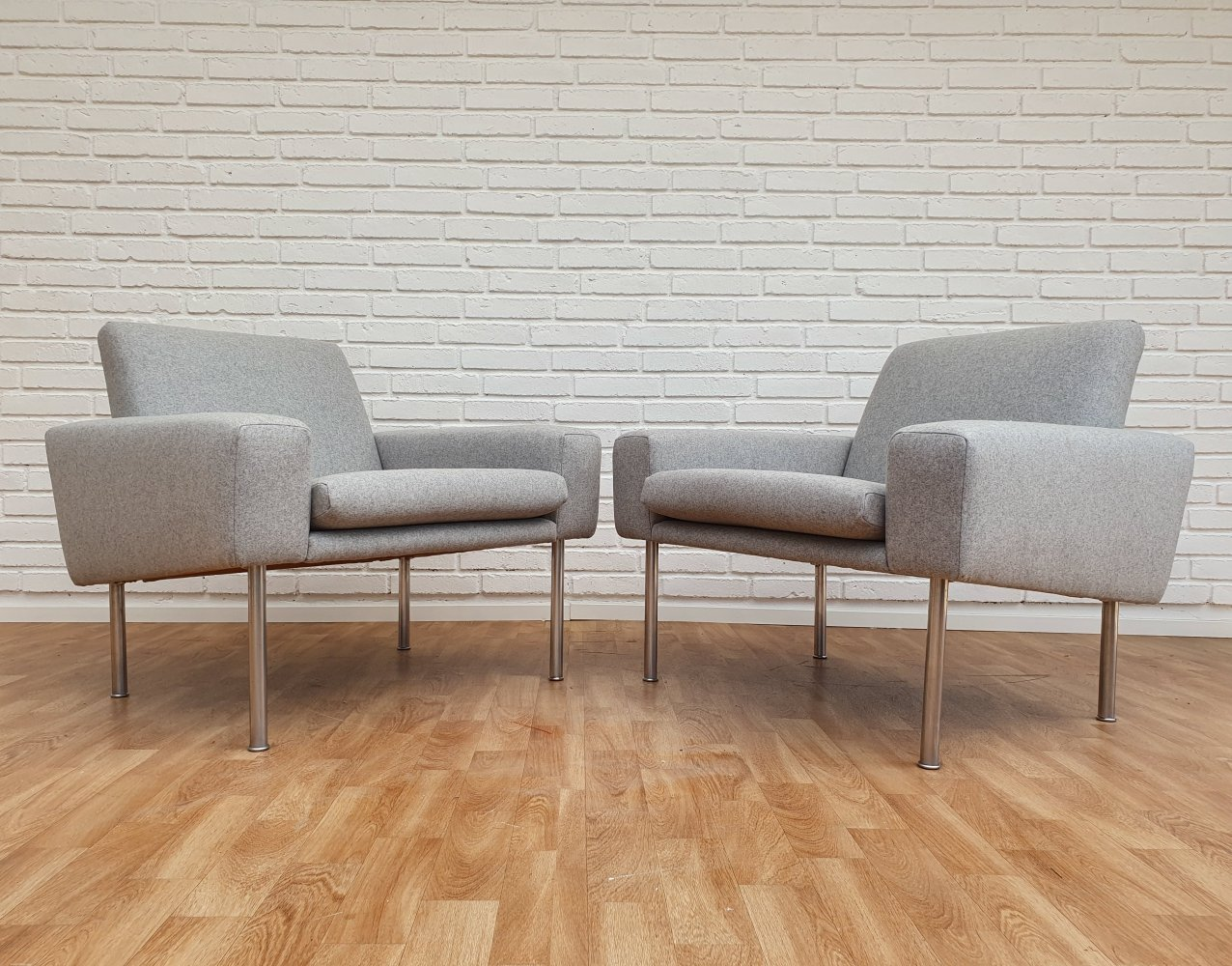 Pair of Model AP 34/1 lounge chairs by Hans Wegner for AP Stolen, 1960s