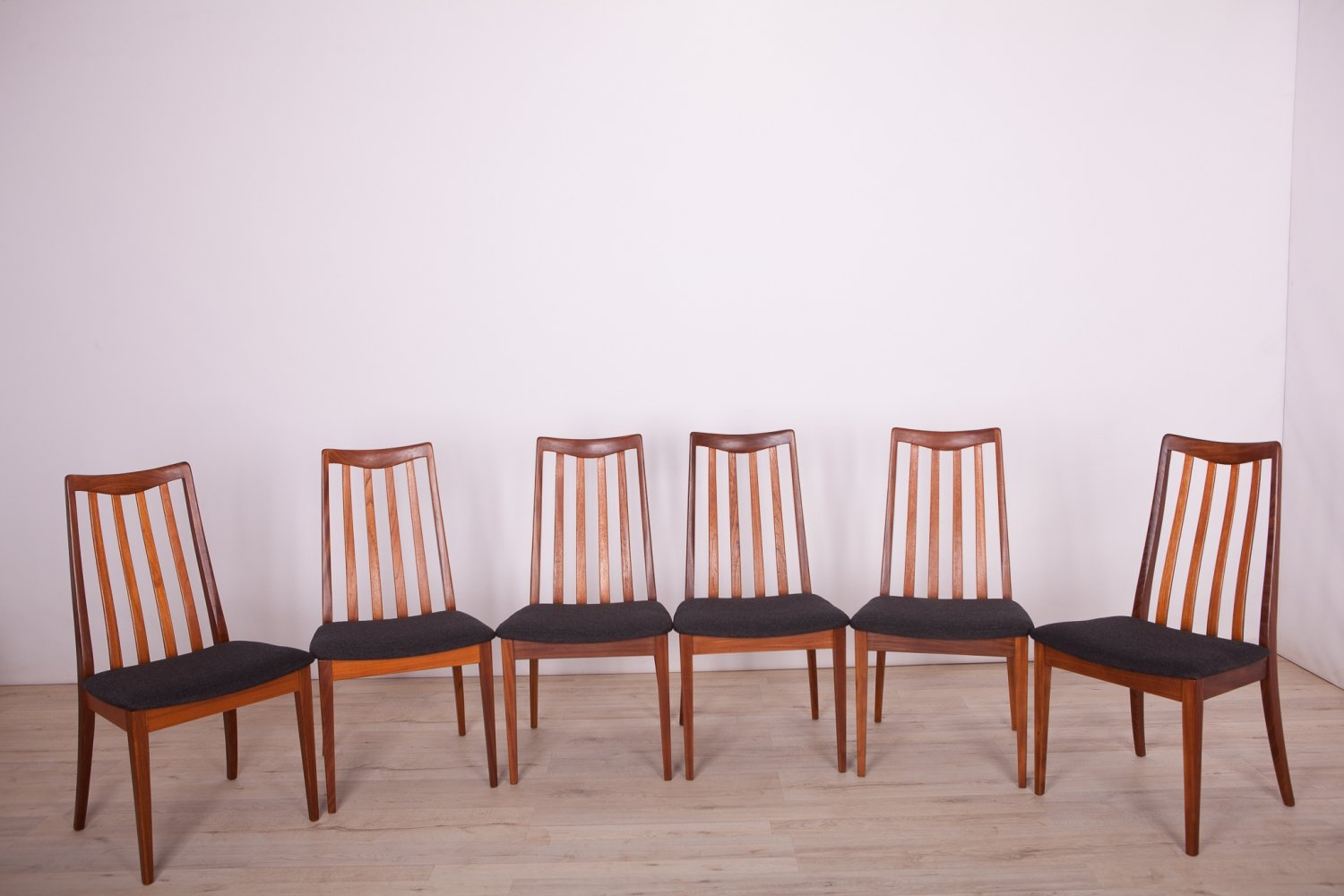Wondrous Set Of 6 Dining Chairs By Leslie Dandy For G Plan 1960S Dailytribune Chair Design For Home Dailytribuneorg