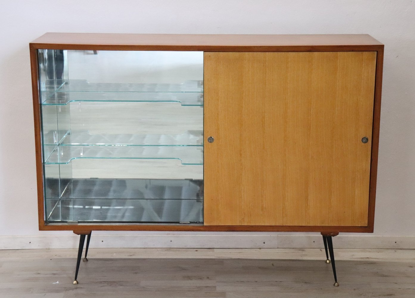 Italian Design Bar Cabinet or Dry Bar, 1960s
