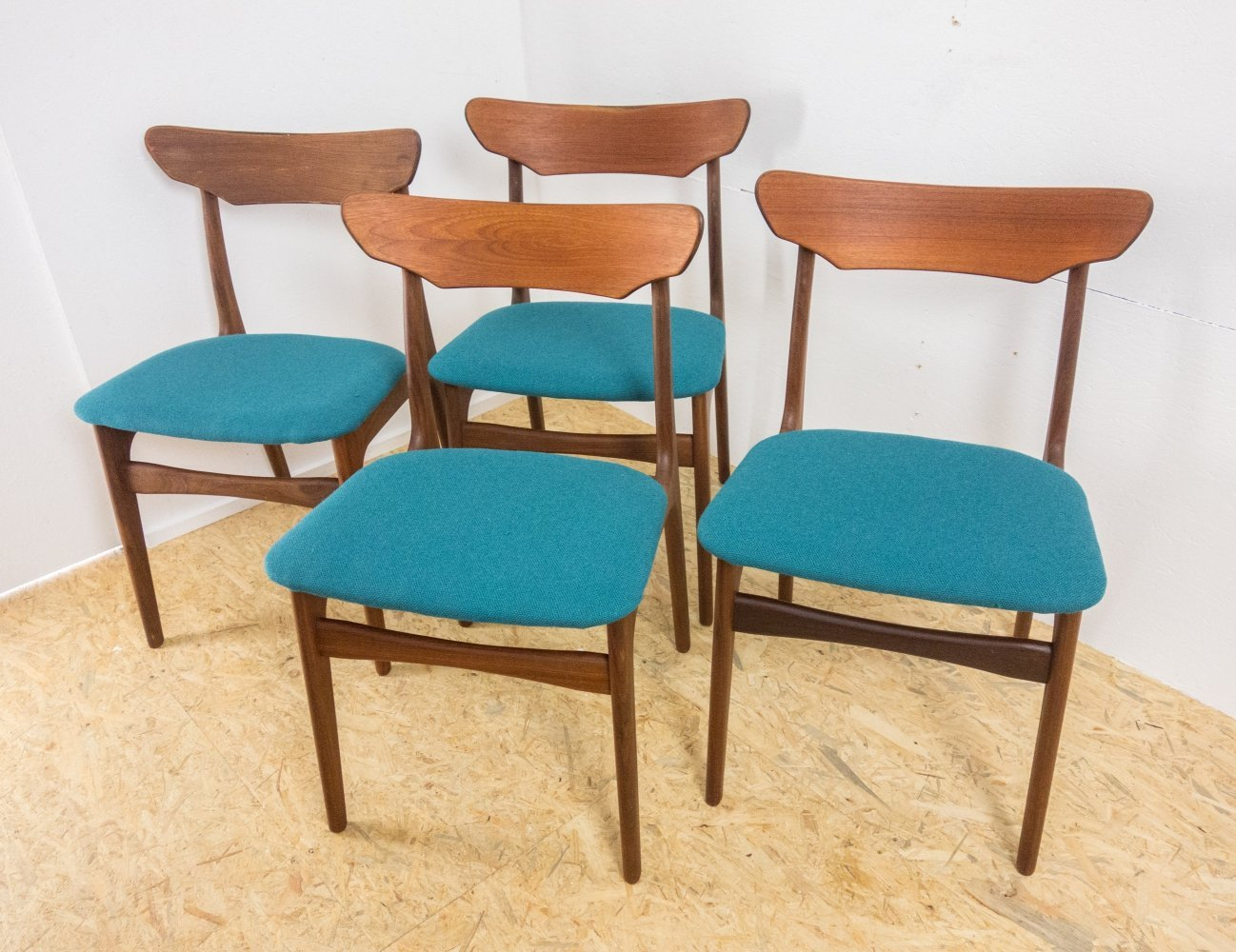 4 dining chairs by Schionning & Elgaard