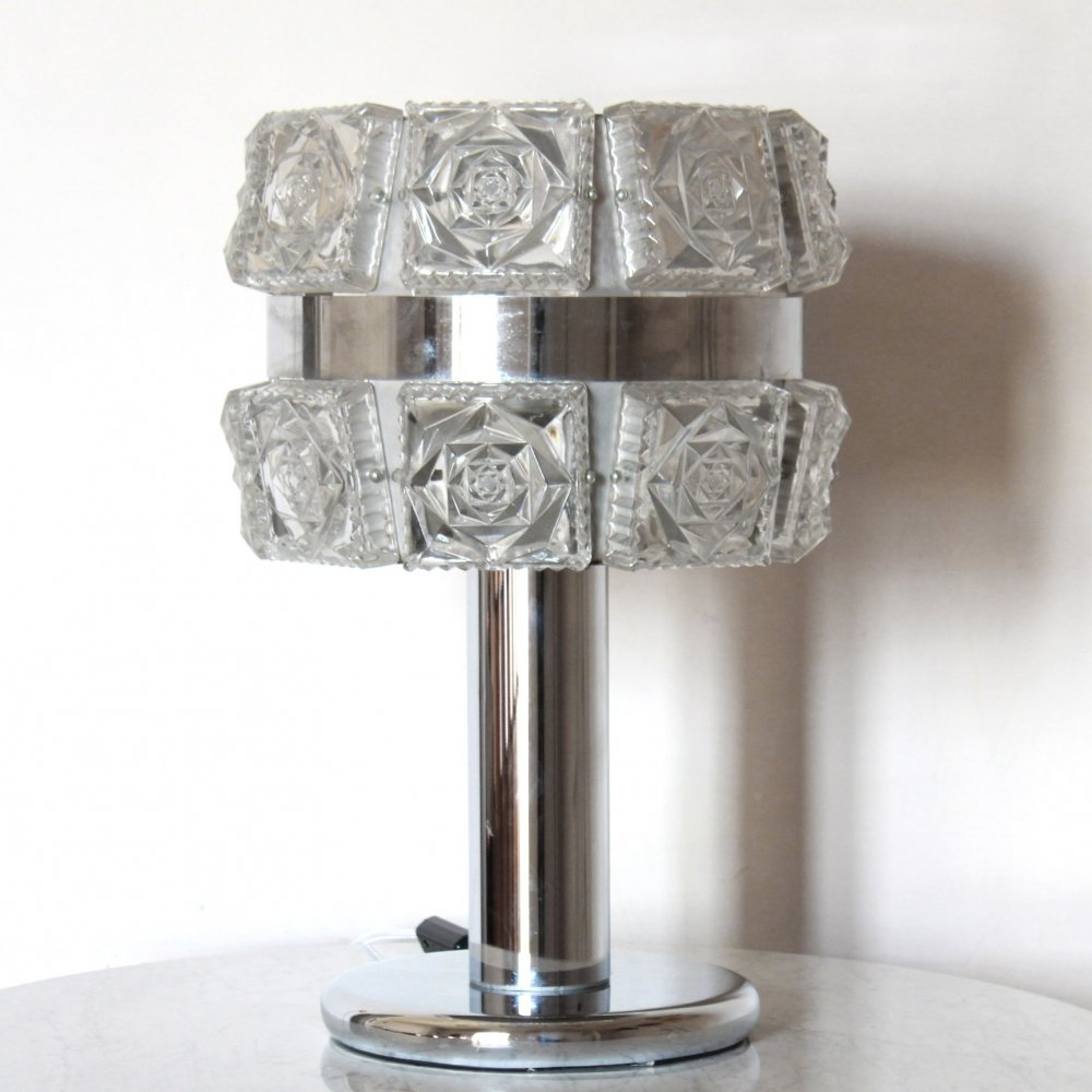 1960s Refined Italian glass lamp with chromed structure