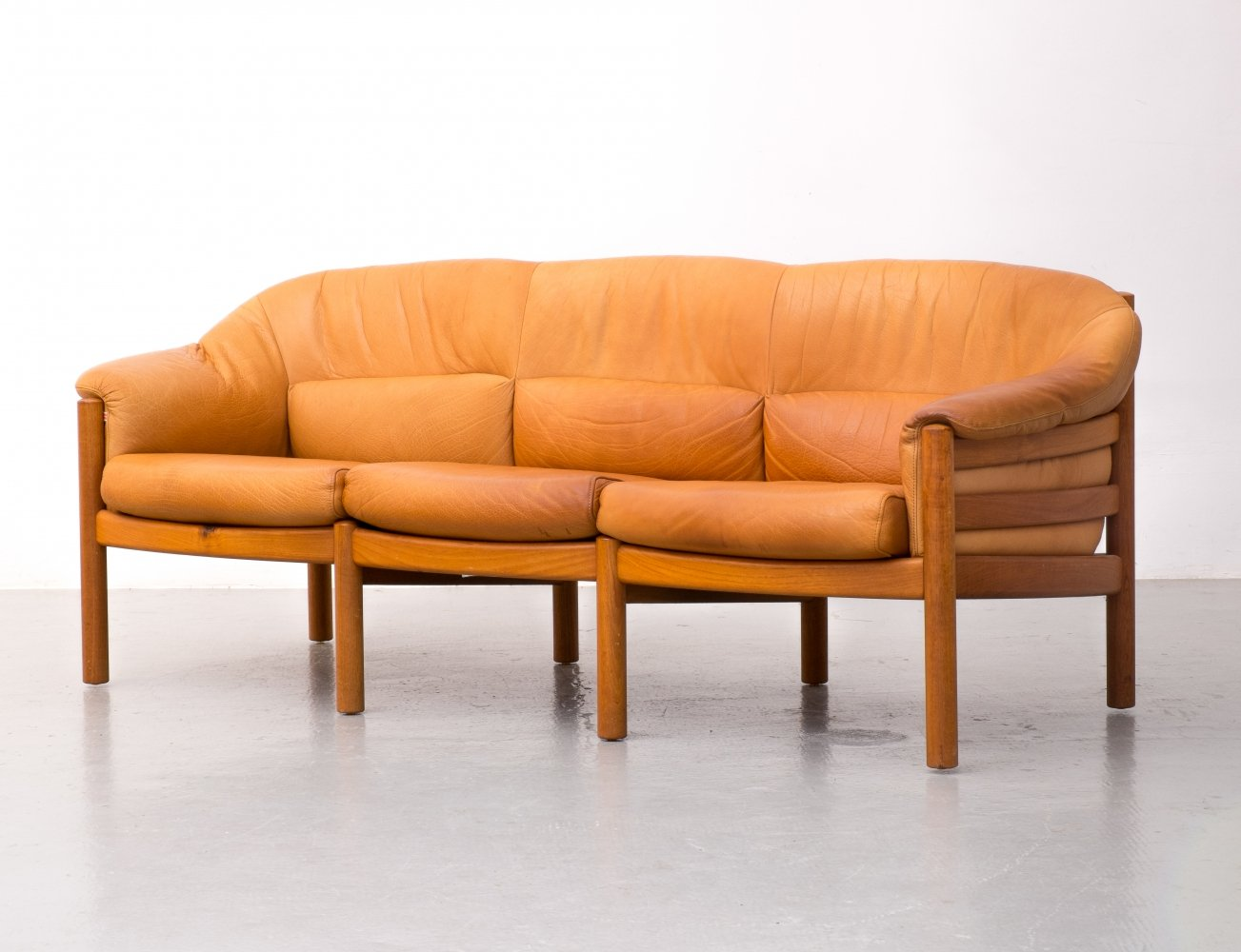 Leather Danish sofa by Skippers Furniture, 1970s