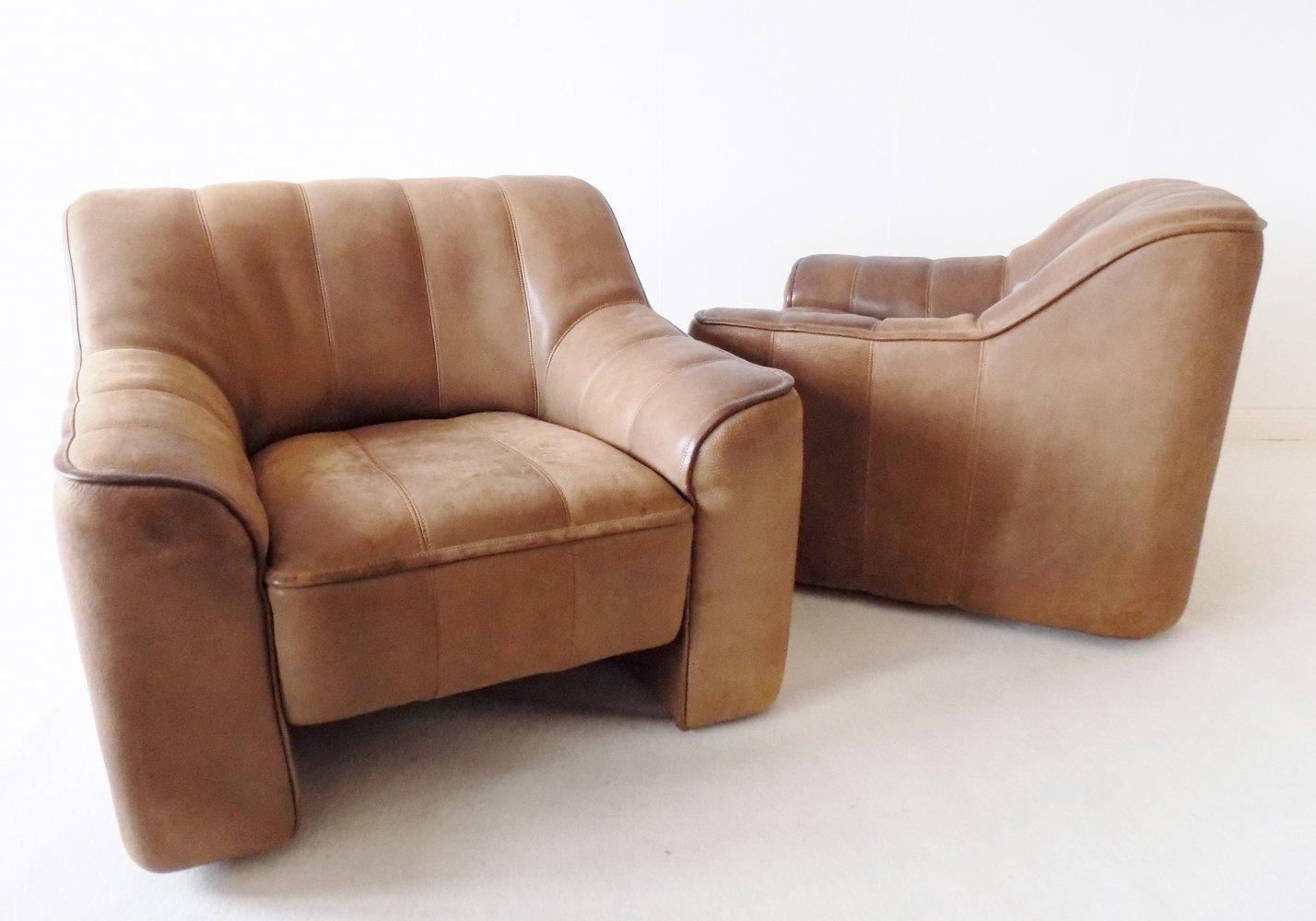 Pair of De Sede DS44 Leather Lounge Chairs, 1970s