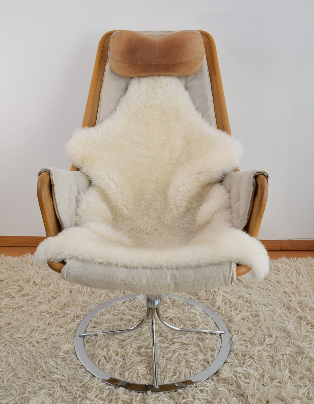 Bruno Mathsson Jetson Easy Chair from the 1970