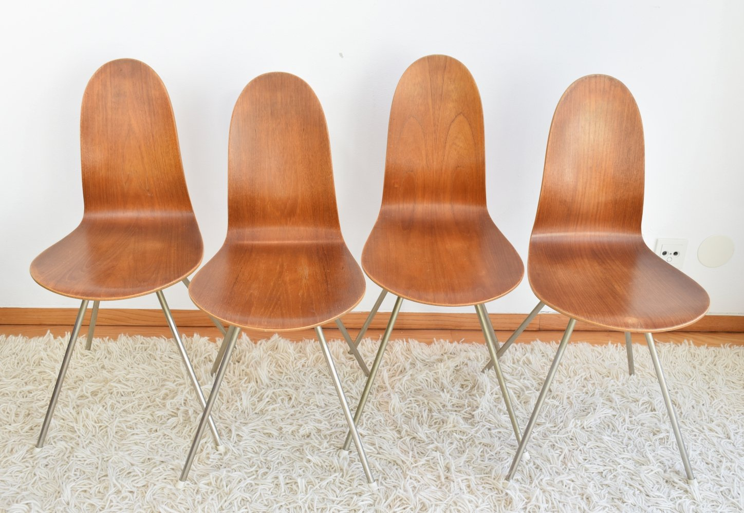 Arne Jacobsen First Edition 3106 Tongue Chairs, 1955