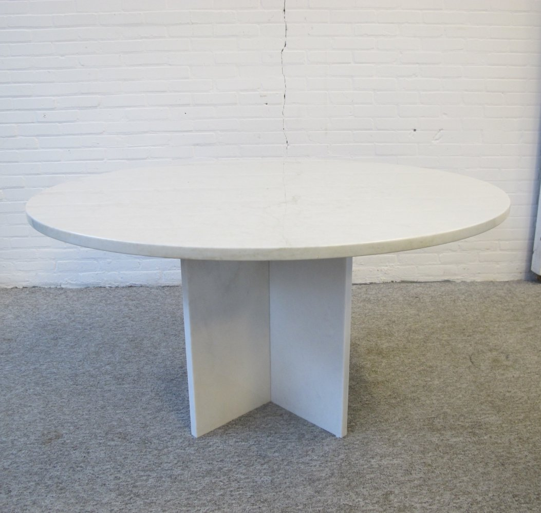 Italian round white marble dining table, 1960s