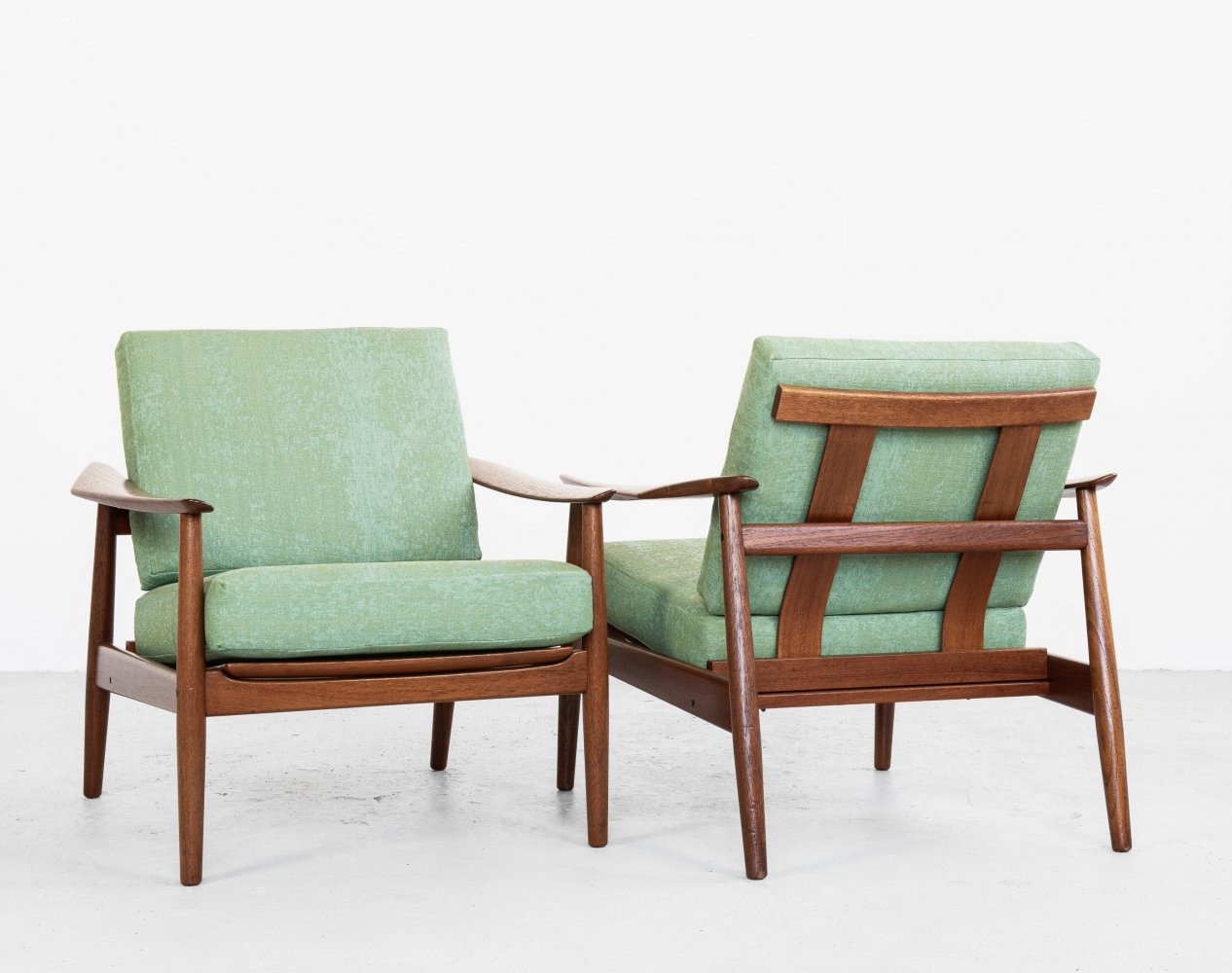 Danish Midcentury pair of easy chairs in teak by Arne Vodder for France & Søn