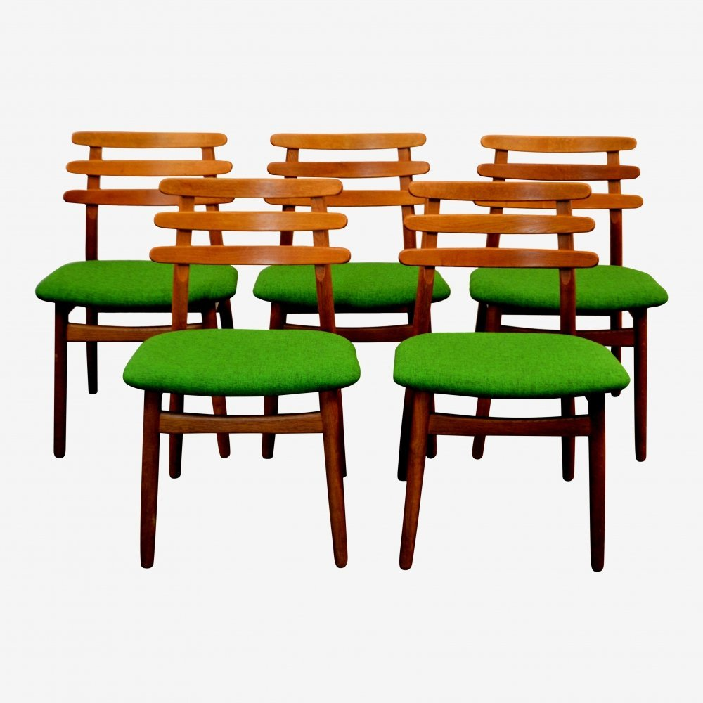 Set of 5 Vintage oak Danish design dining chairs by Poul Volther, 1960s