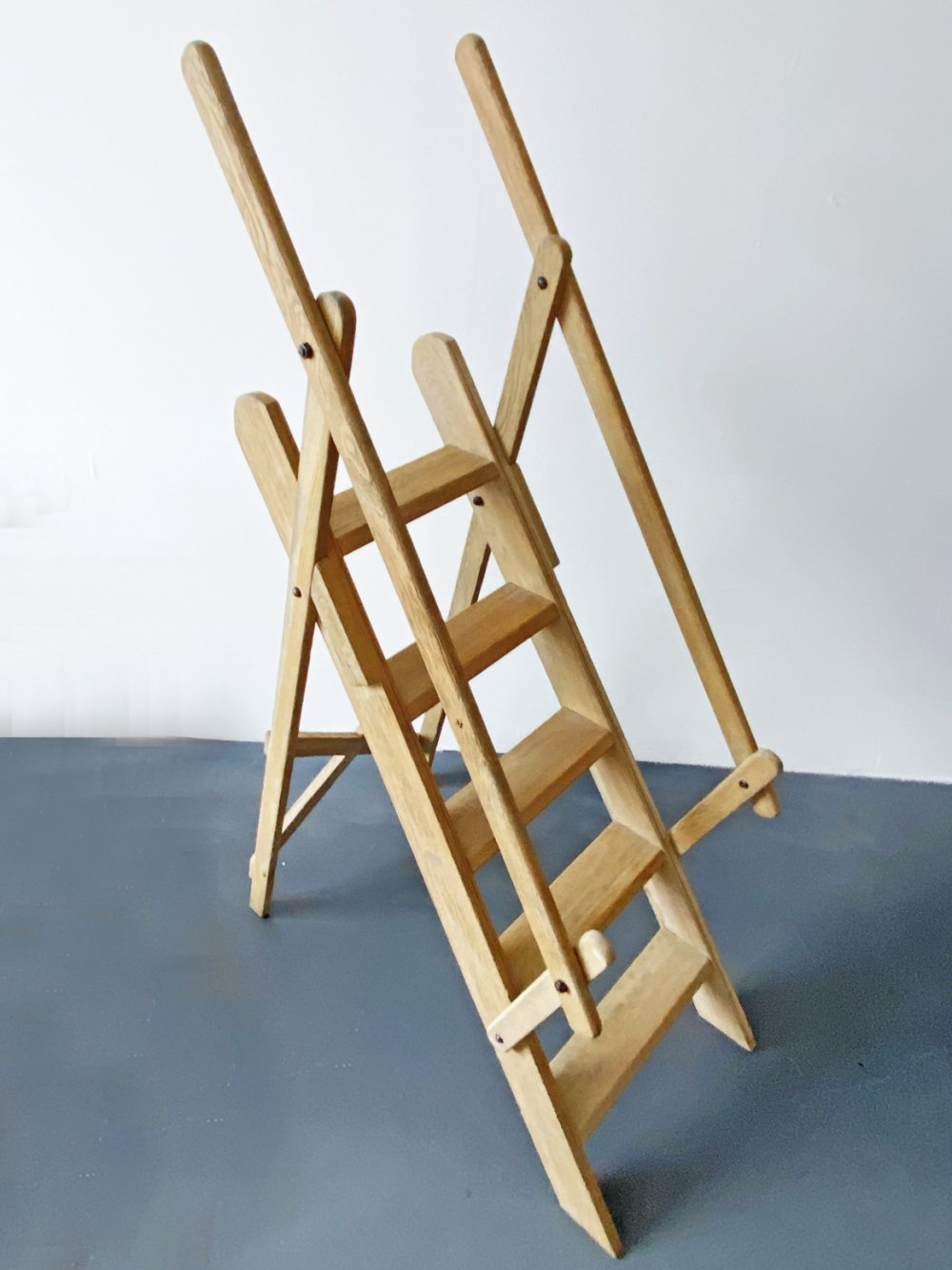 Large 5-Step Beech Wood Library Manager Ladder with Railing, France 1970s