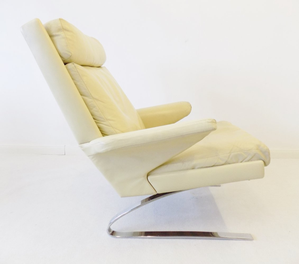 COR Swing Lounge chair in creme leather by Reinhold Adolf