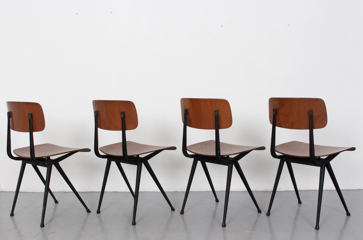 Set of 4 First Edition Friso Kramer Result Chairs, 1960s