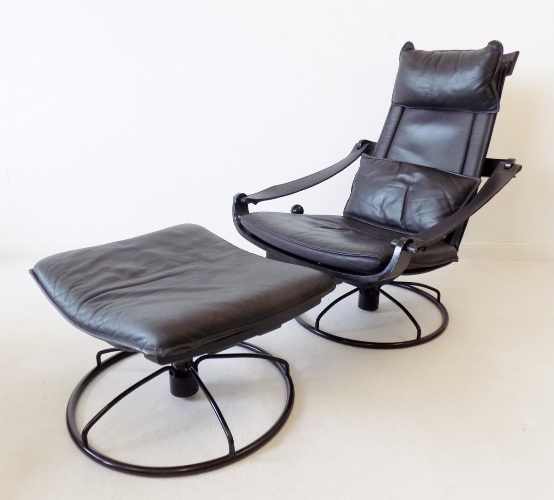 Ake Fribytter black leather lounge chair with ottoman for Nelo, 1970s